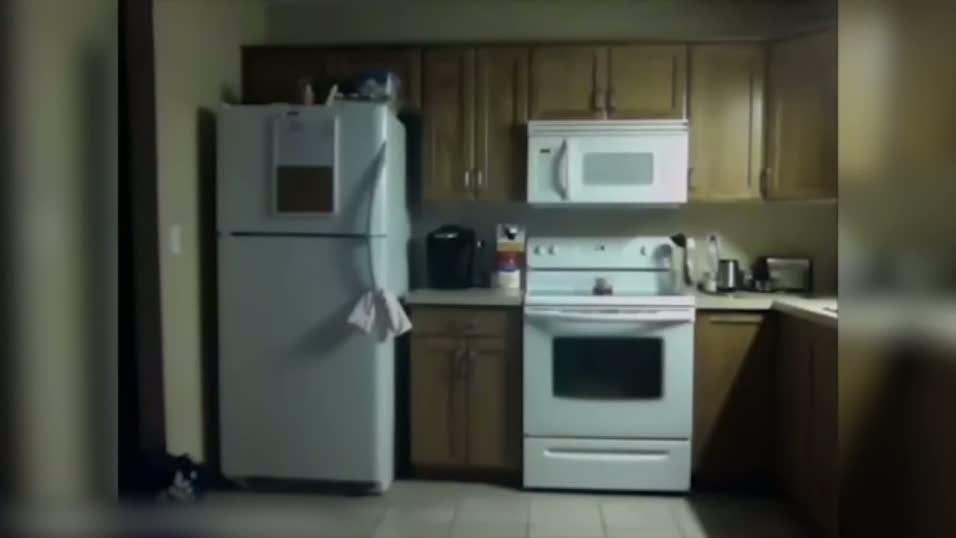 Cinlerin bastığı evden tartışılan görüntüler