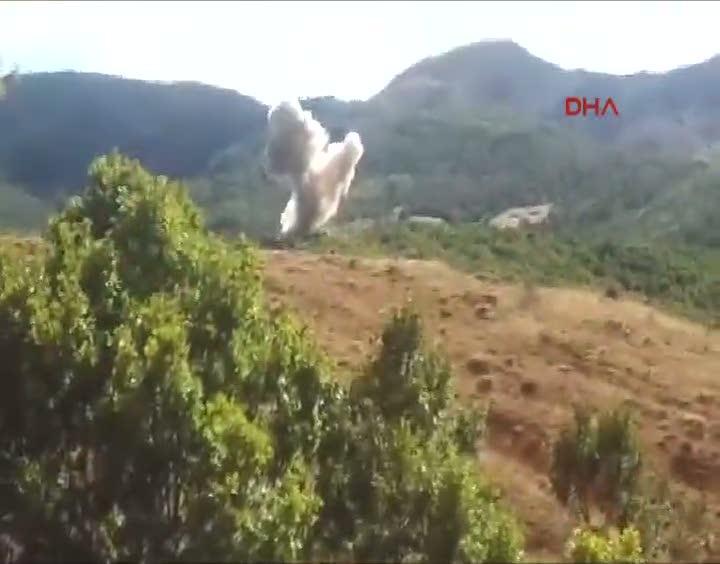 Tunceli'de terör örgütünün patlayıcıları imha edildi