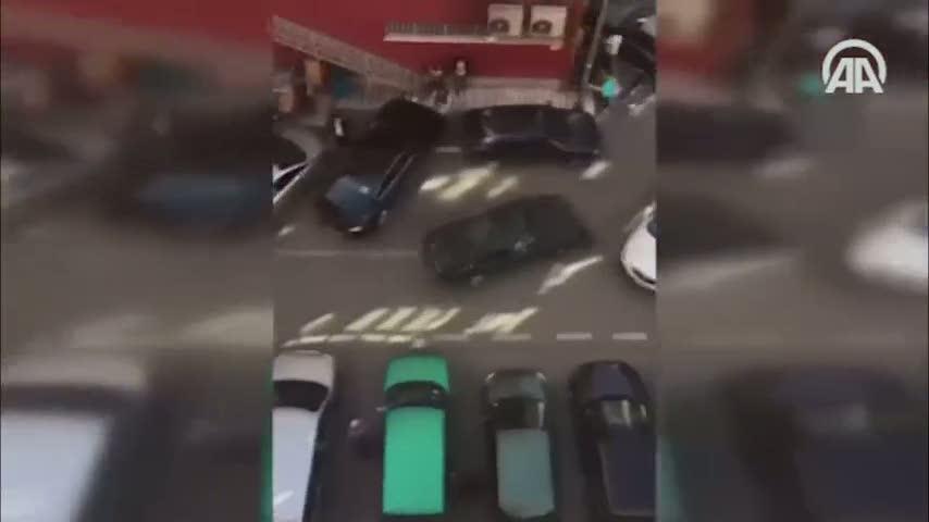 Kaza yaptıktan sonra kaçarken 14 araca çarptı!