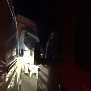 Kamyon ve işçi taşıyan otobüs kafa kafaya çarpıştı: 1 ölü 29 yaralı