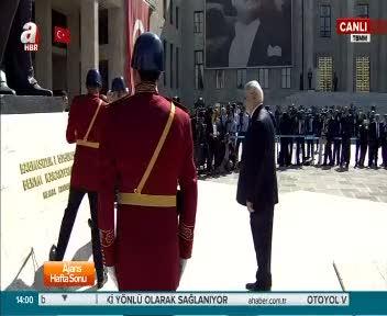 TBMM Başkanı İsmail Kahraman Atattürk Anıtı'nda saygı duruşunda bulundu