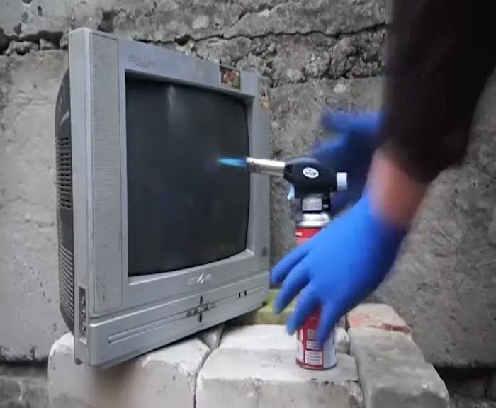 Tüplü televizyon yakılırsa ne olur?