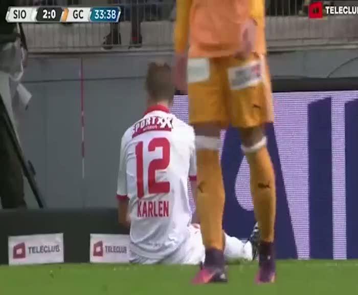 Reto Ziegler golleriyle İsviçre'yi sallıyor