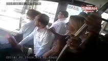Metrobüs şoförünün yolcuyu bıçakladığı an