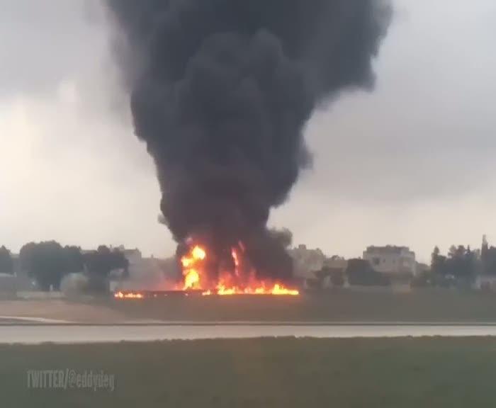 Malta'da uçak düştü: 5 kişi hayatını kaybetti
