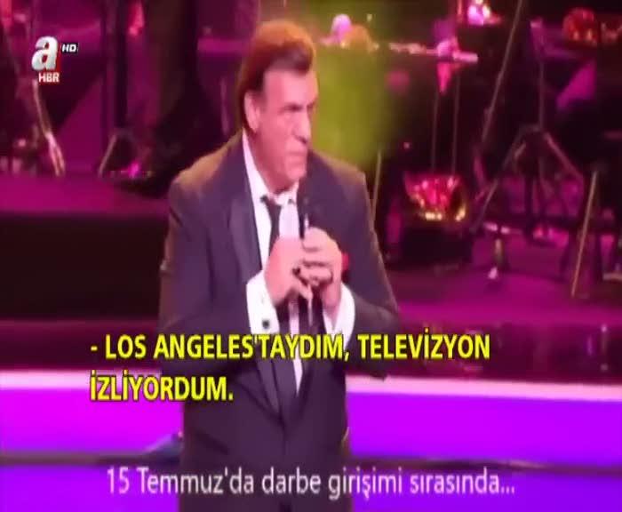 Robert Davi Altın Portakal'da şarkısını Erdoğan ve Türk halkı için söyledi