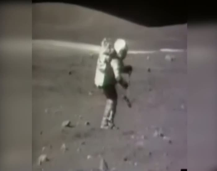 İşte Ay'da ilk yere düşen adam!