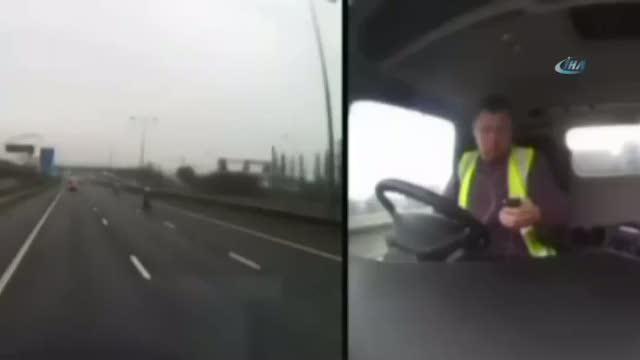Cep telefonuyla uğraşan adam trafikte böyle dehşet saçtı