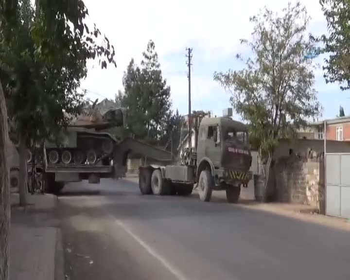 Suriye sınıra tank sevkiyatı sürüyor