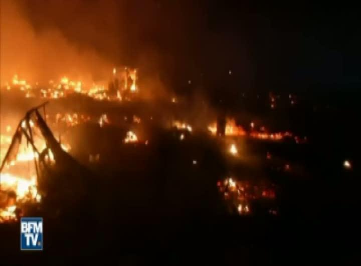 Fransa'nın Calais göçmen kampında yangın