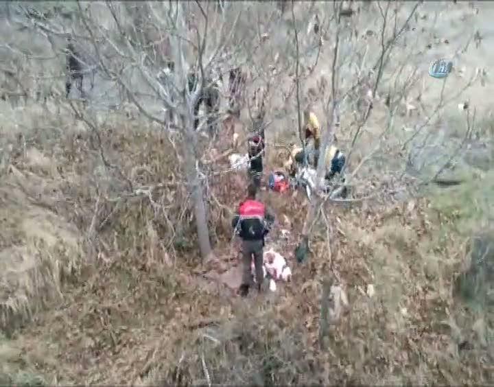 Cenaze dönüşü kaza: 3 yaralı