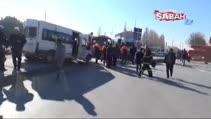 Tren minibüse çarptı: 6'sı engelli öğrenci 14 yaralı