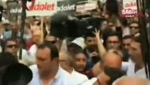 Kılıçdaroğlu'nun korumaları gazetecilere saldırdı