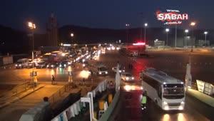 Yalova'da tatilcilerin dönüşü gece de devam ediyor